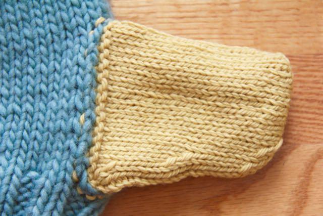 Agnes sweater pocket