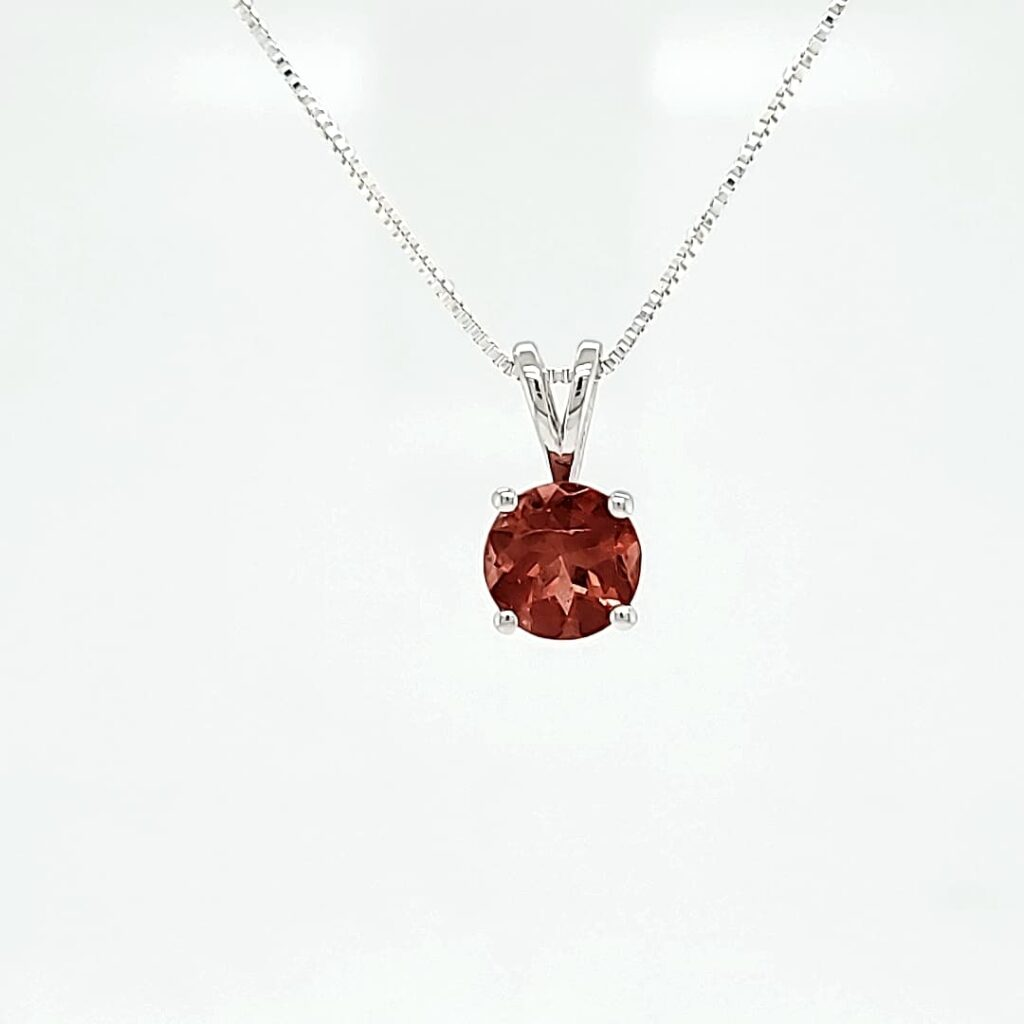 Classic Round Solitaire Necklace (1)