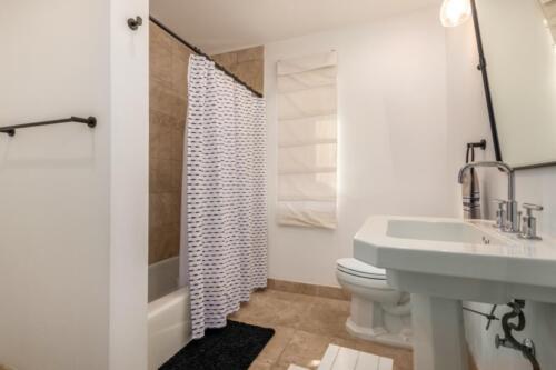 9409 N 47th St. Phoenix, AZ 85028 by Emily Wertz, Realtor // JustClickYourHeels.com