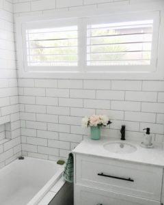 shutter, bathroom shutter, fauxwood shutter, bathroom design