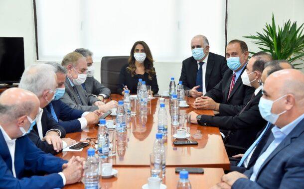اجتماع في وزارة الخارجية لبحث ازمة التصدير مع المملكة العربية السعودية