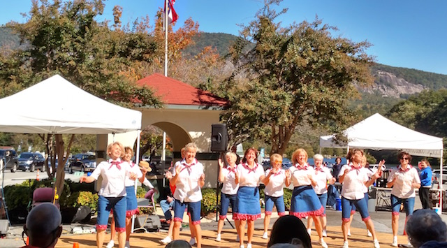 Lake Lure Cloggers Arts and Crafts Festival