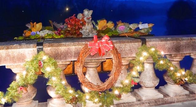 Flowering Bridge Holiday Decorations