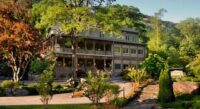 The Esmeralda Inn