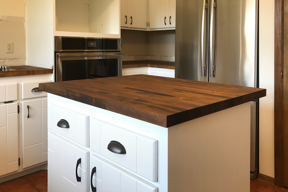 """How We """"Stained"""" our Butcher Block Countertops with Vinegar and Steel Wool"""