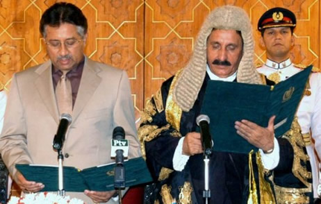 Iftikhar Chaudhry and Gen Musharraf