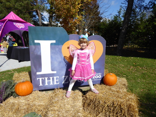 Checking out the best of Halloween Toronto 2015 for kids