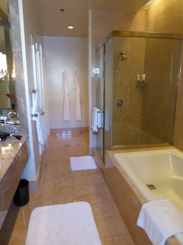 Beverly Wilshire tub