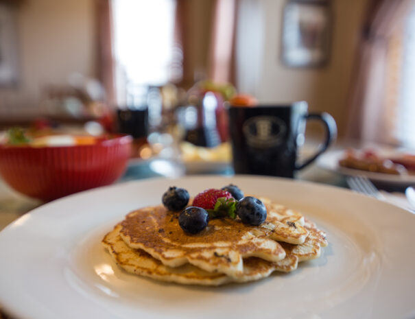 pancake breakfast at trappers rendezvous