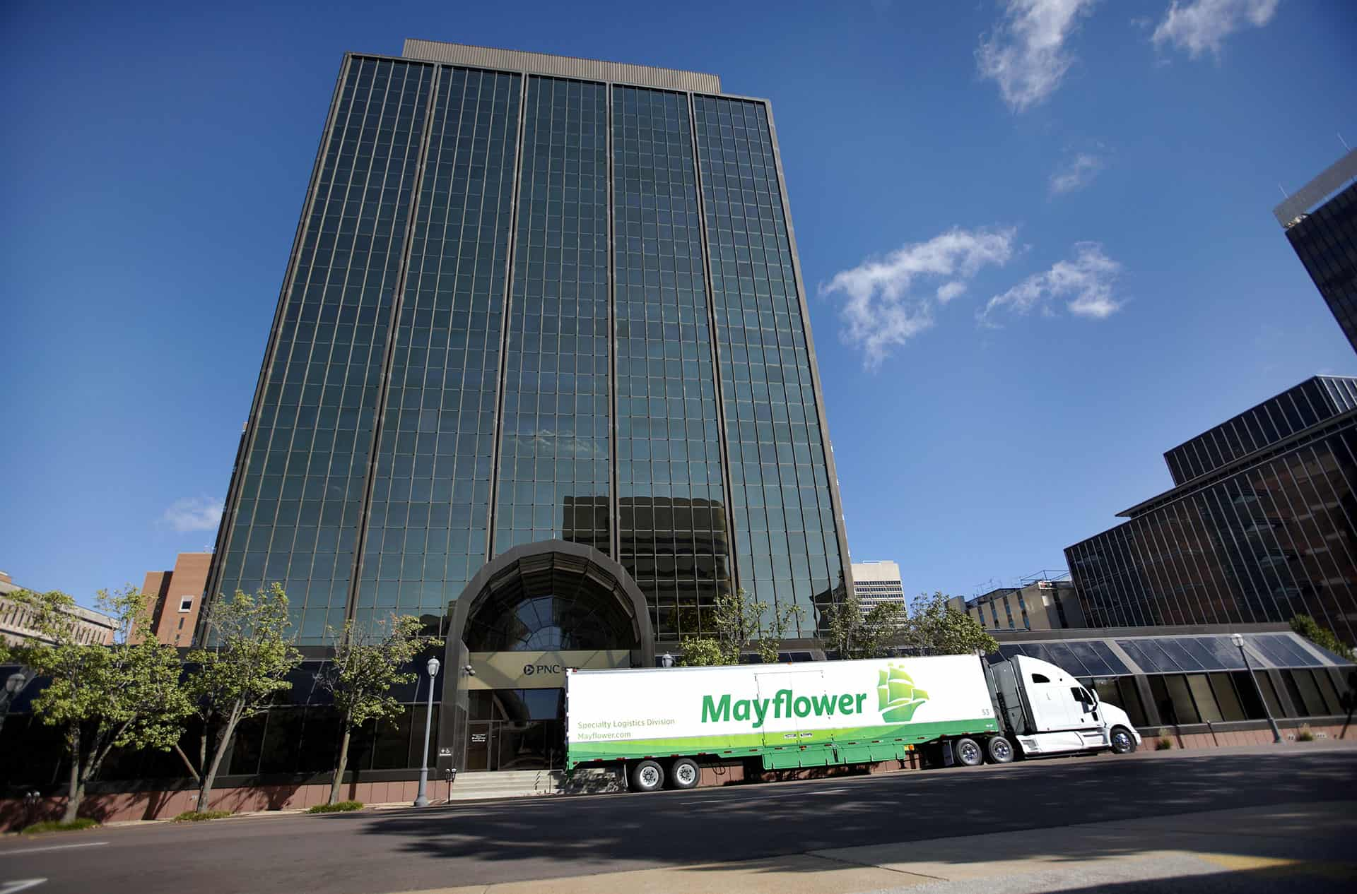 mayflower office moving