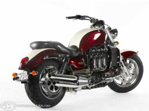 Triumph RocketIIIClassic_1
