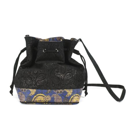 Drawstring Black Paisley
