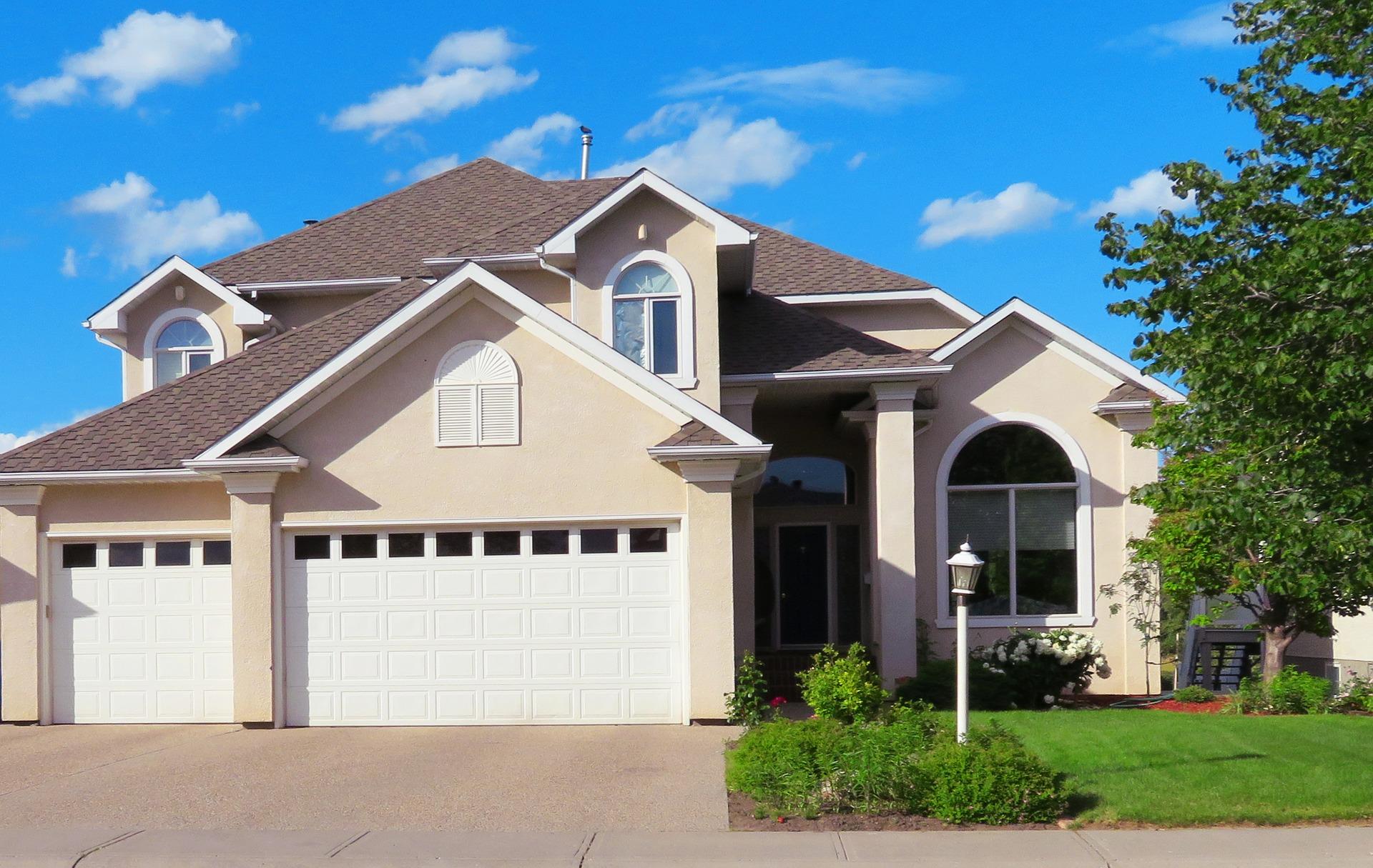 house-2418106_1920