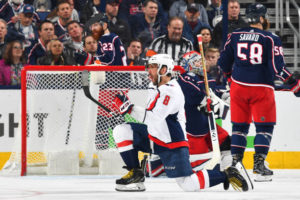 Holtby's 23 saves leads Capitals to even series at 2-2