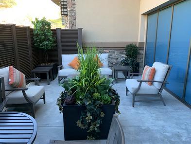 Commercial outdoor artificial plants