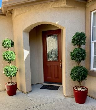 Outdoor residential artificial plant for home decor
