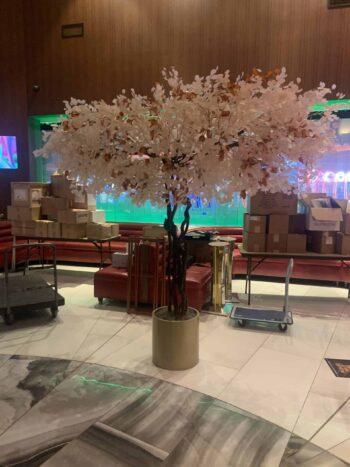 Artificial casino tree