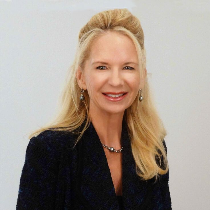 Deborah Duffey headshot