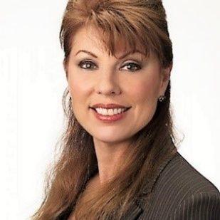 Carolyn Veroni-Zinober headshot