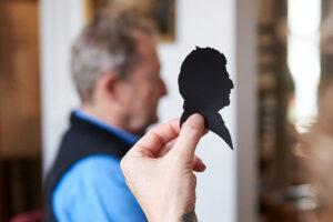 offer-image-silhouettes-by-hand
