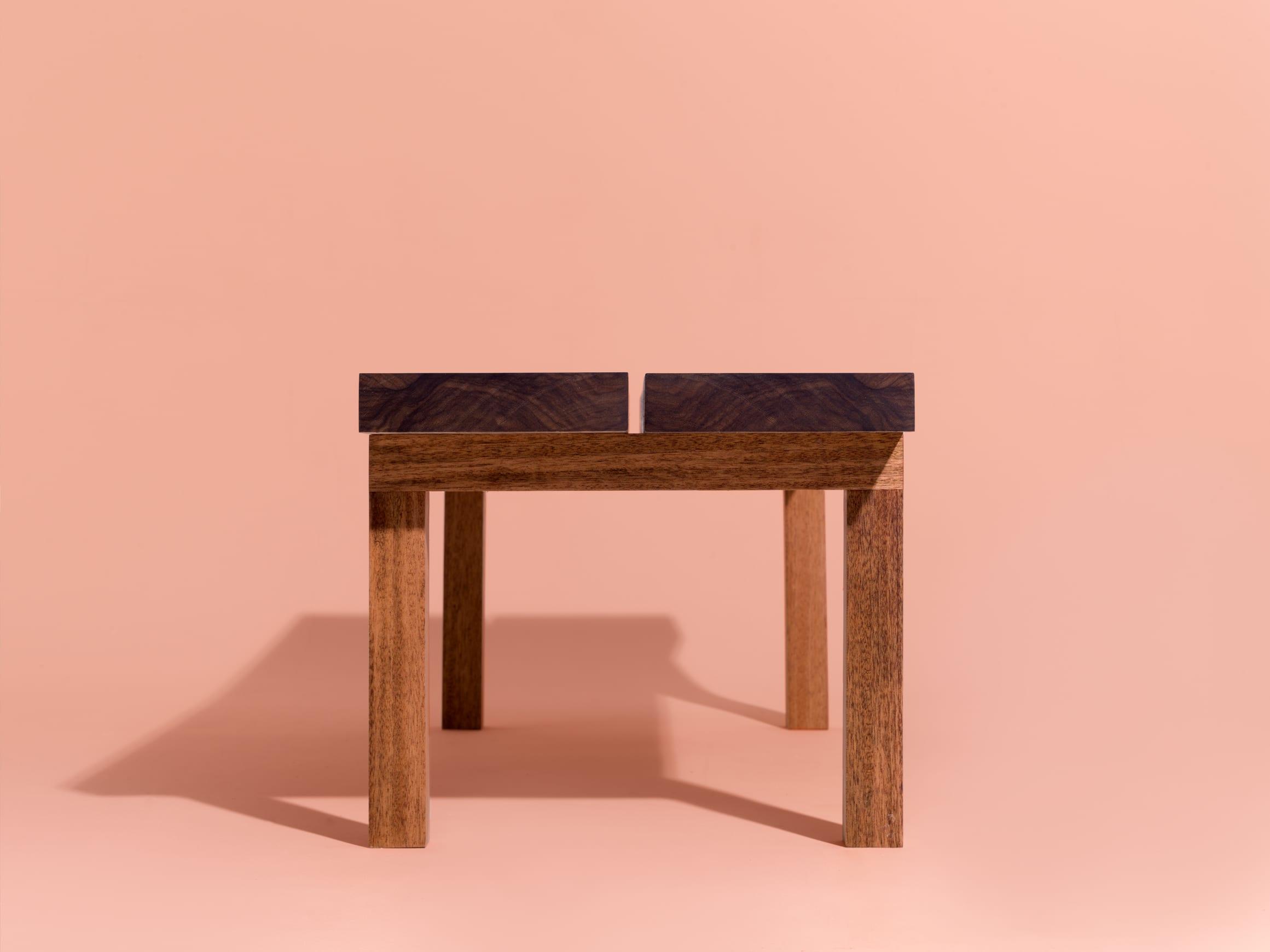 Coffee Table_web__0002_Layer Comp 3
