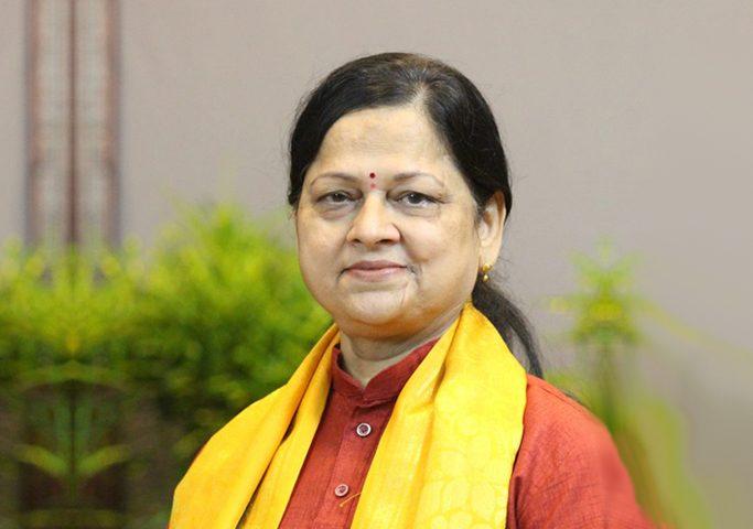 Yogacharya Sandhya Dixit