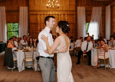 Michaela + Lucas Wedding first dance