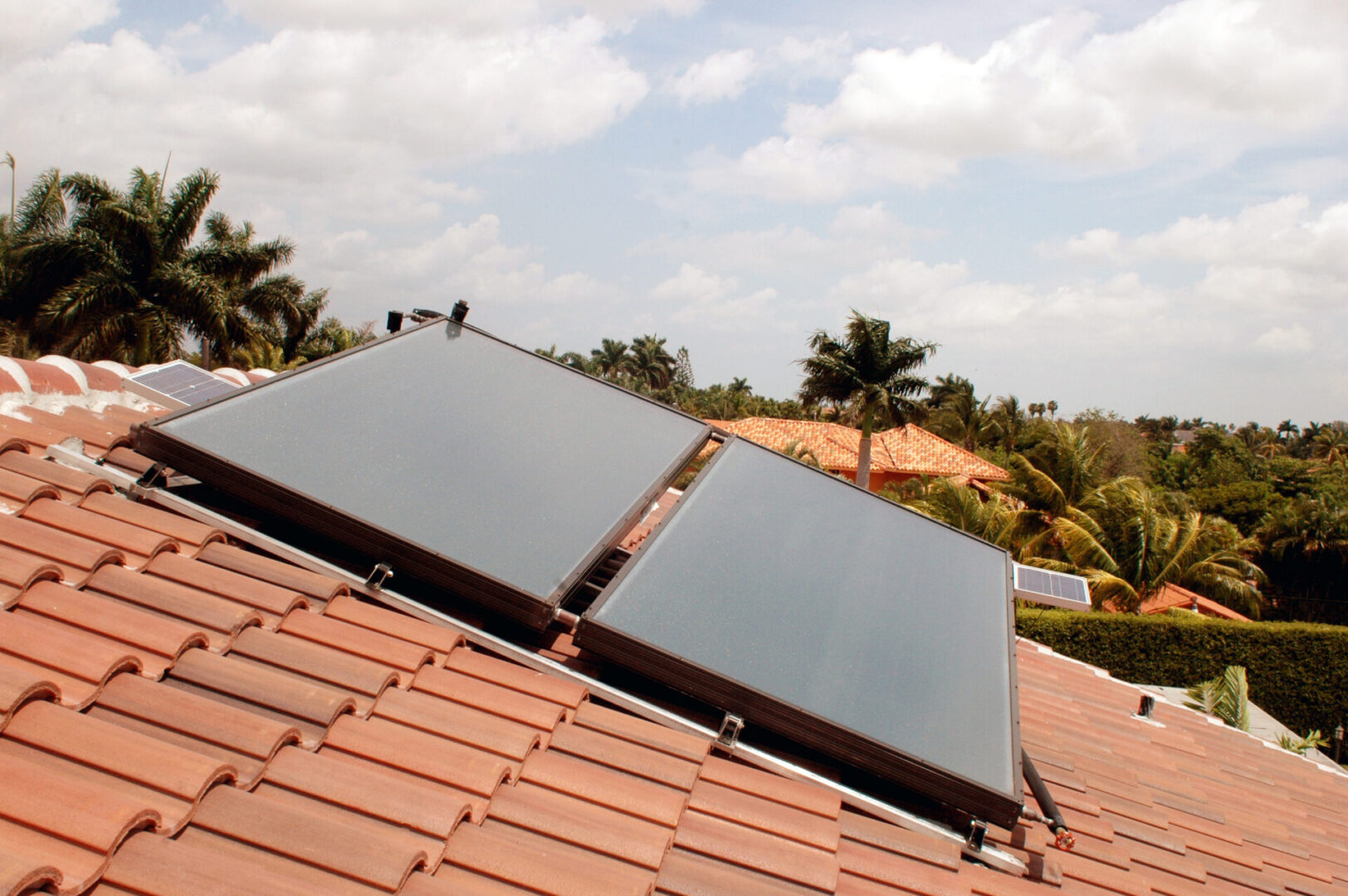 Dual Solar Domestic Hot Water System - Kendall, Florida