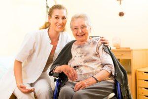Home Health Care Shoreline WA - Ways a Home Health Care Aide Helps