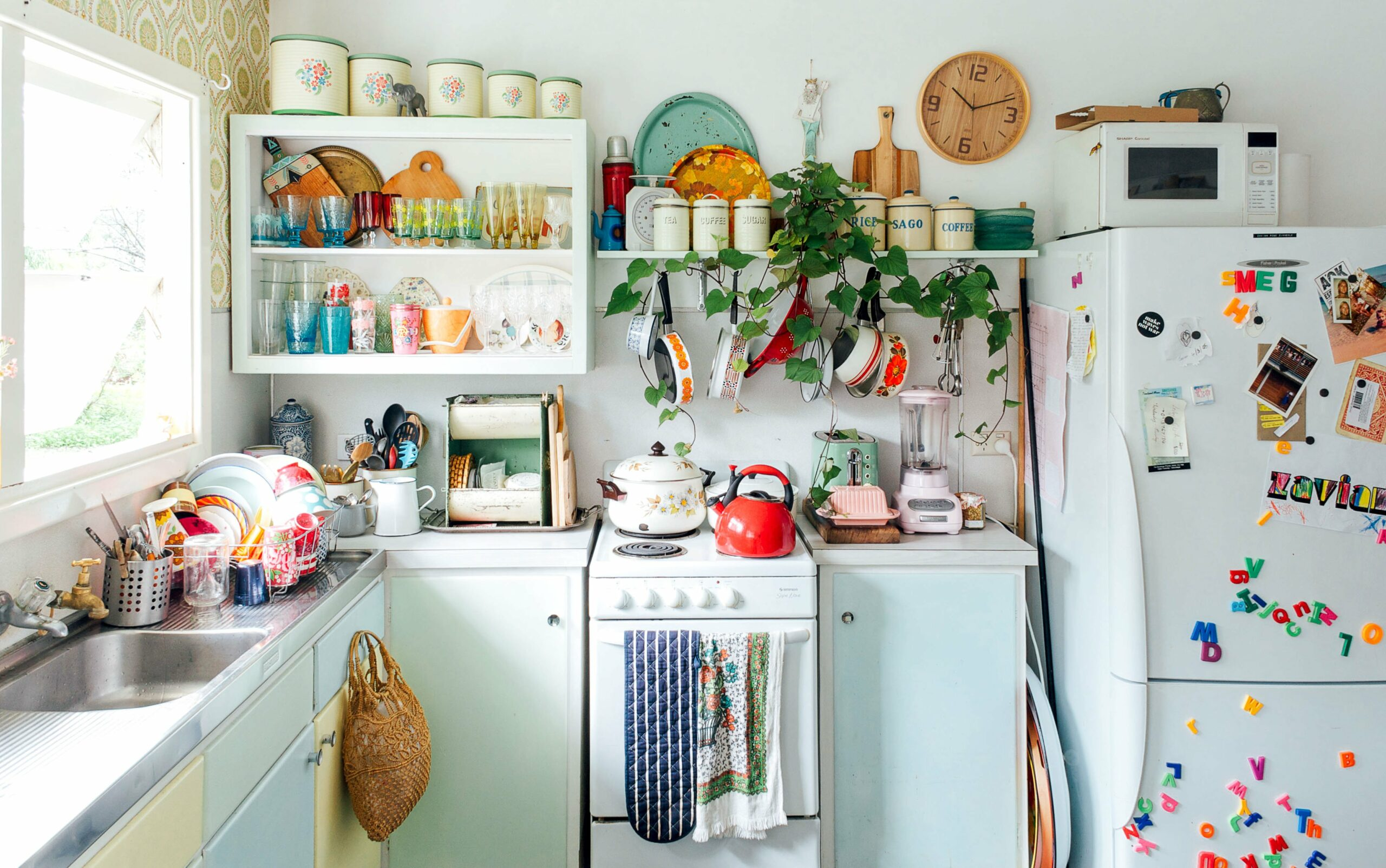 The complete guide to cleaning and organizing your kitchen