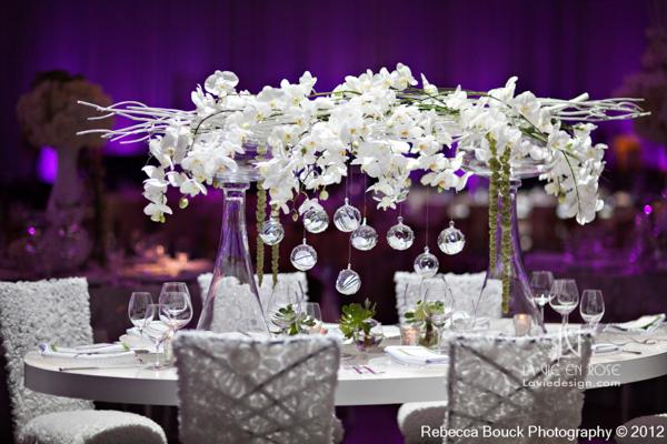 la-vie-en-rose-special-event-jouney-to-love-white-guest-table-modern-centerpiece-white-branch-hanging-globes-LED-light-phalaenopsis-orchid-amaranthus-succulents-reception-purple-up-light-tampa-florida