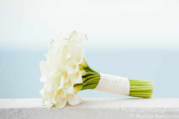 la-vie-en-rose-white-blue-ocean-calla-lily-bridal-bouquet-hyatt-clearwater-beach-florida