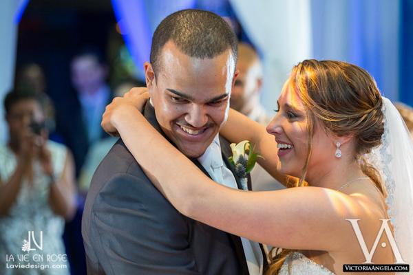 la-vie-en-rose-wedding-groom-bride-boutineer-calla-lily-florida-aquarium-tampa
