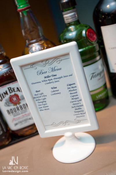 la-vie-en-rose-wedding-reception-bar-menu-table-florida-aquarium-tampa