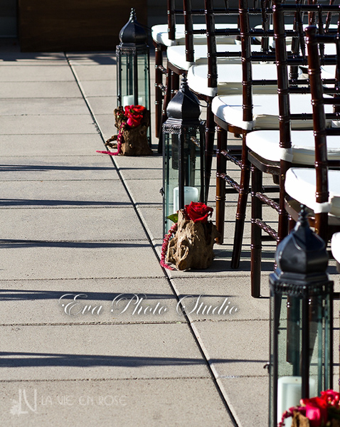 la-vie-en-rose-wedding-ceremony-aisle-lanterns-chiavari-chairs-westin-tampa-bay-florida
