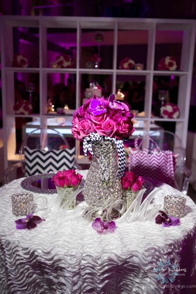 la-vie-en-rose-pink-fuschia-reception-navy-sweetheart-table-peonies-candle-wedding-st.pete-florida-museum-of-fine-arts