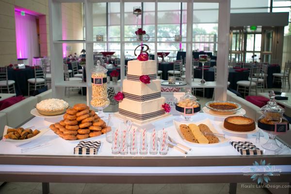 la-vie-en-rose-pink-fuschia-reception-navy-dessert-cake-table-peonies-wedding-st.pete-florida-museum-of-fine-arts