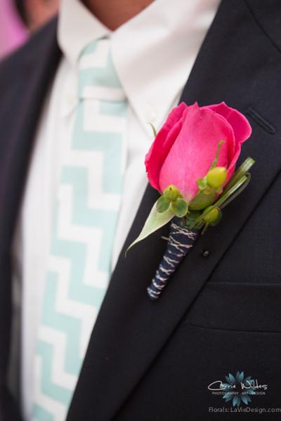 la-vie-en-rose-pink-fuschia-groomsmen-boutonniere-chevorn-reception-navy-wedding-st.pete-florida-museum-of-fine-arts