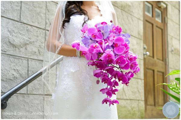 la-vie-en-rose-bridal-bride-bouquet-vanda-Phalaenopsis -orchid-purple-sacred -heart-cuban-club-tampa-florida