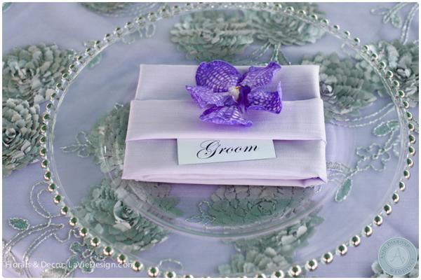 la-vie-en-rose-table-glass-charger-vanda-orchid-reception-purple-cuban-club-tampa-florida