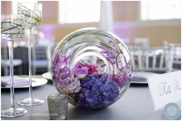 la-vie-en-rose-globes-centerpiece-guest-table-phalaenopsis-vanda-orchid-hydrangea-reception-purple-cuban-club-tampa-florida