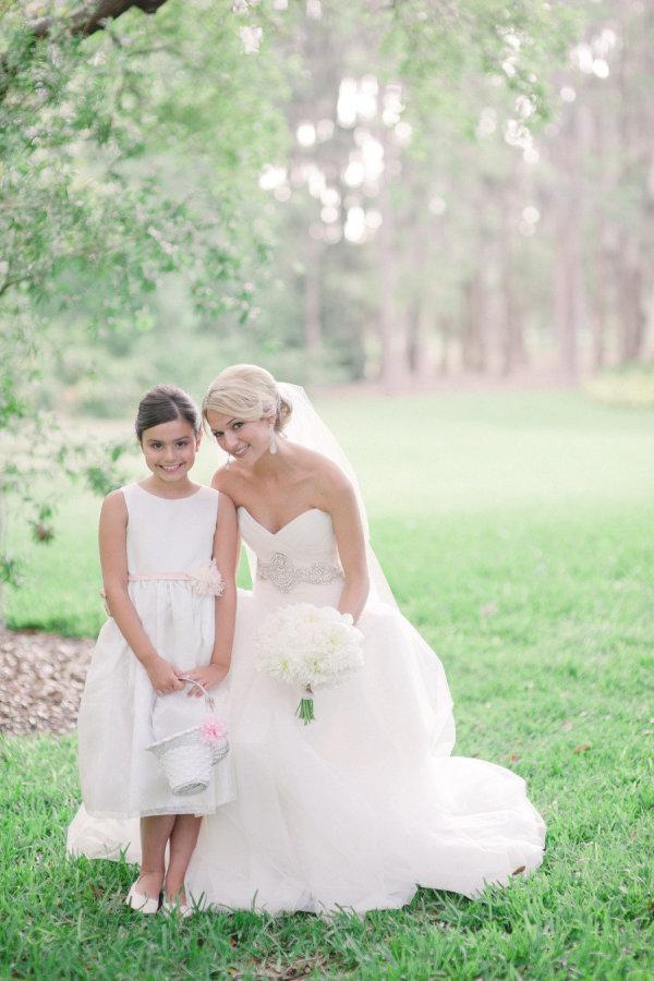 la-vie-en-rose-wedding-flower-girl-bride-innisbrook-resort-and-golf-club-palm-harbor -florida