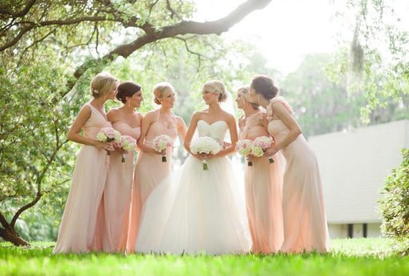 la-vie-en-rose-wedding-brides-maids-bouquet-blush-peach-bride-innisbrook-resort-and-golf-club-palm-harbor -florida