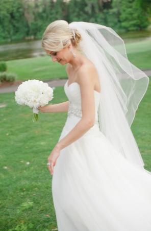 la-vie-en-rose-wedding-peonies-white-bride-bouquet-innisbrook-resort-and-golf-club-palm-harbor -florida