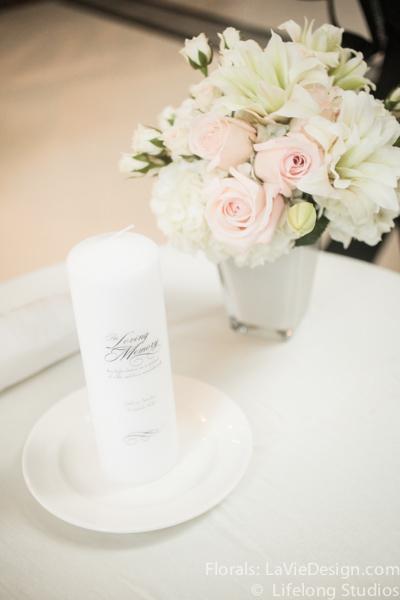 la-vie-en-rose-floral-arrangment-wedding-chuppah-memorial-table-atrium-blush-pink-white-lily-sprayrose-ivory-intercontinental-tampa-florida