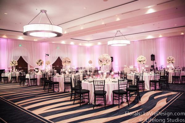 la-vie-en-rose-floral-arrangment-wedding-reception-crystal-centerpiece-blush-pink-white-ivory-intercontinental-tampa-florida