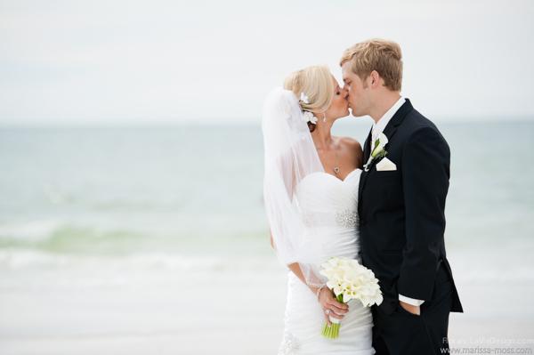 la-vie-en-rose-calla-lily-bouquet-bridal-groom-hyatt-clearwater-beach-florida