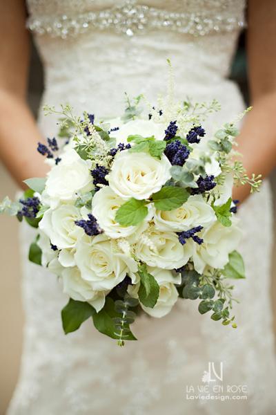 la-vie-en-rose-wedding-bridal-bouqet-lavender-mint-leaves-astible-eucalyptus-florida-aquarium-tampa-