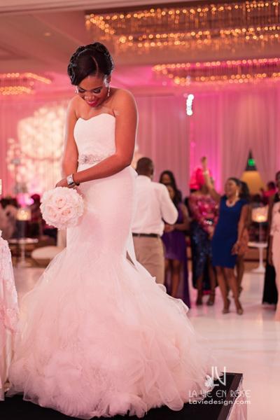 la-vie-en-rose-reception-bride-toss-dancefloor-white-pink-hilton-downtown-tampa-florida