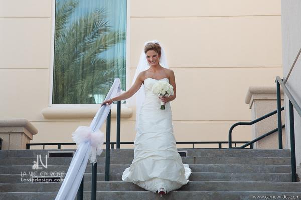 la-vie-en-rose-wedding-bride-ceremony-bouquet-mariott-waterside-hotel-tampa-florida